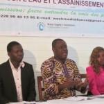 Des membres du Comité d'organisation à la conférence de presse